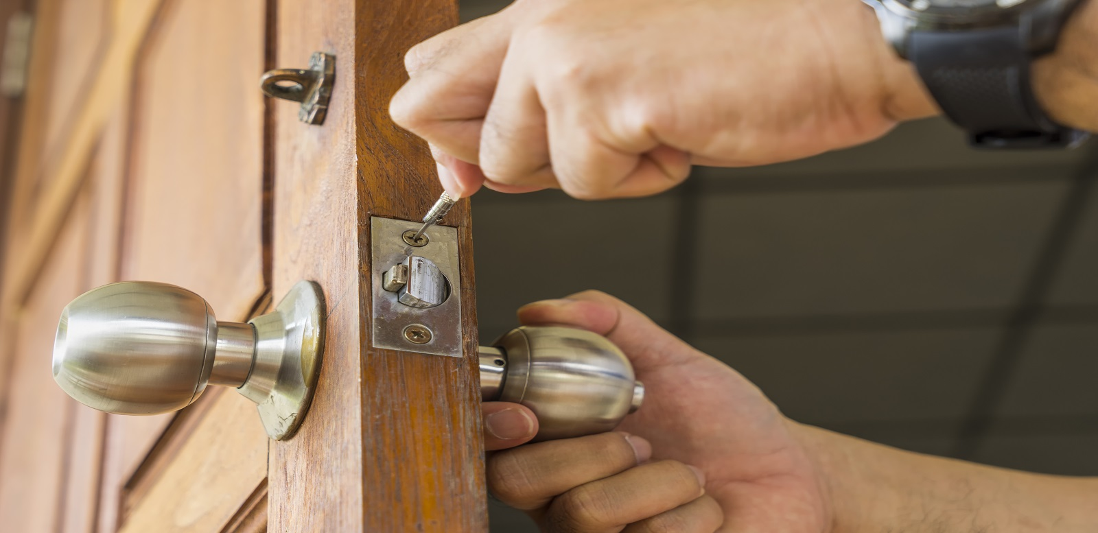 Some common myths about locksmiths debunked